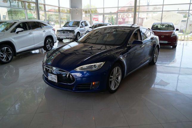 TeslaS70 2015 год