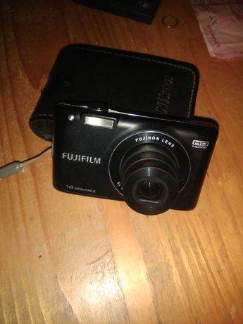 Цифровий фотоапарат FUJIFILM 14 mp