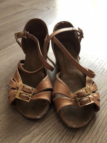 Туфли бальные 25-27 размер