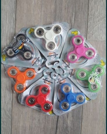 Fidget spinner / spiner