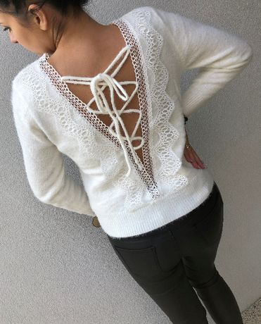 sweterek biały elegancki