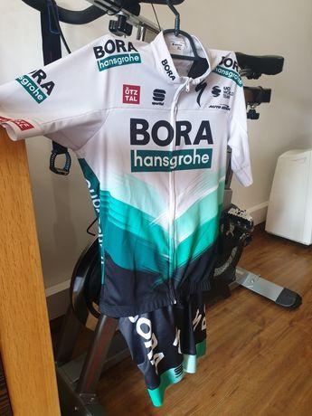Equipamento ciclismo specialized team sagan bora hansgroe por estrear