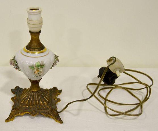 Pequeno candeeiro de mesa em porcelana e bronze, antigo