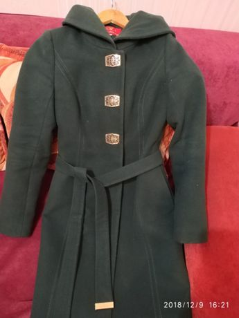 Кашемірове пальто. Розмір S
