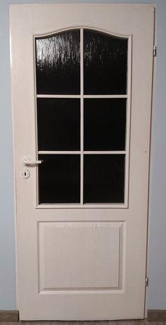 Drzwi pokojowe .