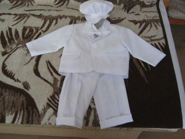 Odsprzedam ubranko na chłopca do chrztu św,