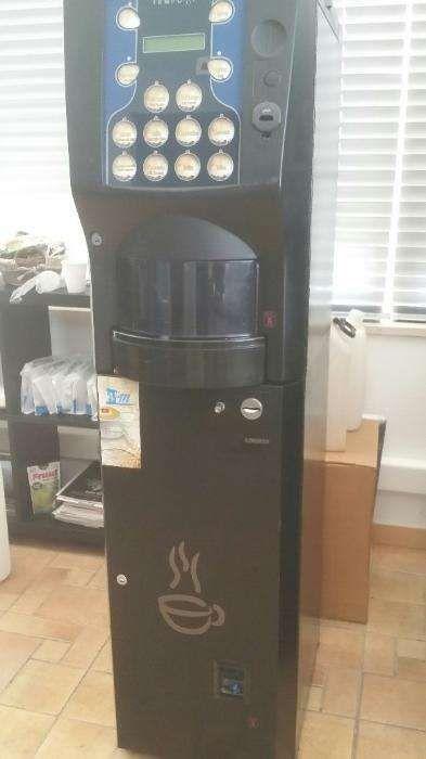 Maquina de Cafe Azkoyen Tempo M - Vending Faro - imagem 1