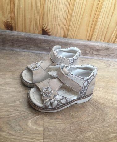 Босоножки сандалии topitop 22 размер