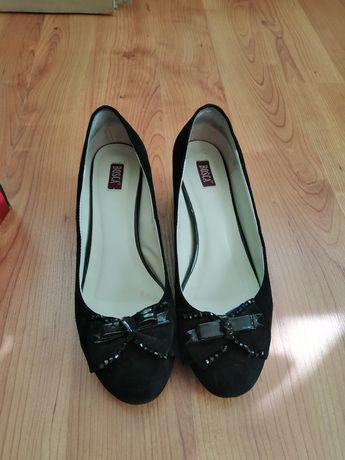 Туфлі жіночі в гарному стані