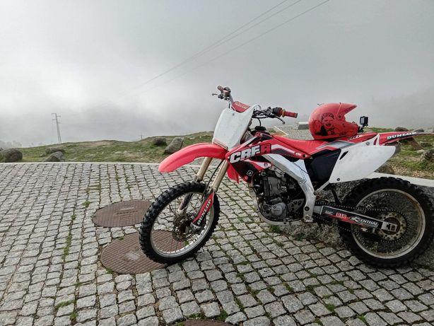 Honda crf 450 r.