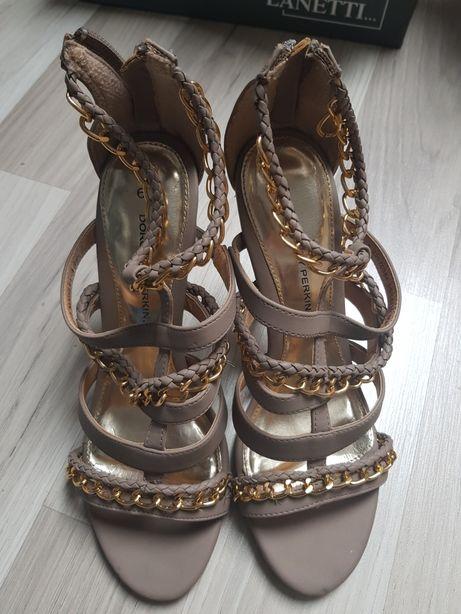 Szpilki cieliste,sandały ,paseczki