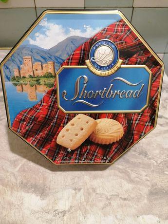 Коробка жестяная рельефная  Shortbread на Подарок
