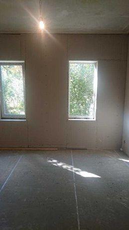 Продам 1-комн.изол.квартиру,расположенную на ул.Семинарской