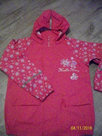 Куртка Hello Kitty.