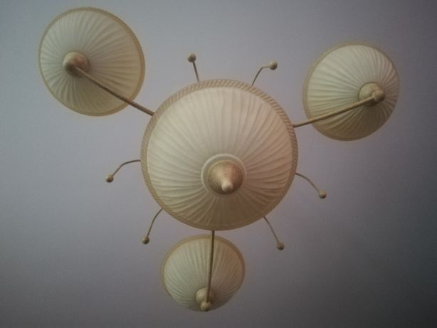 Conjunto de candeeiros de teto