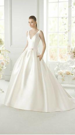 Suknia ślubna Pronovias Avenue Diagonal 36 38 księżniczka klasyczna