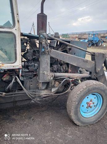 Трактор - ЮМЗ 6, погрузчик , трактор под розборку ЮМЗ -6