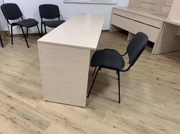 Продам офісні меблі.