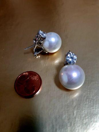 Brincos em prata com pérola e zirconia