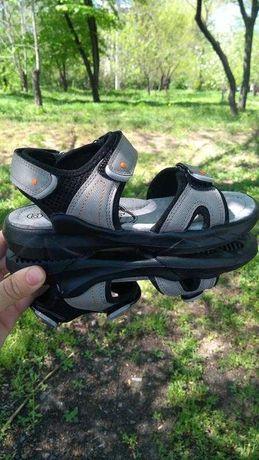 Босоножки, сандали  для мальчика 32-37