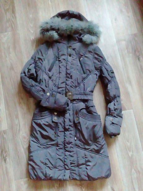 Зимняя куртка,пальто 48 размера