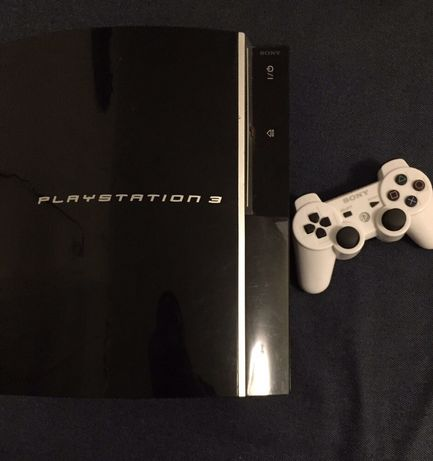 PlayStation 3, pad + 3 gry