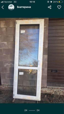 Балконные двери 216 на 77 в с Вороньков. Новые срочно