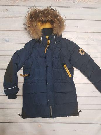 Продам зимнюю куртку Donilo рост 140 см б/у
