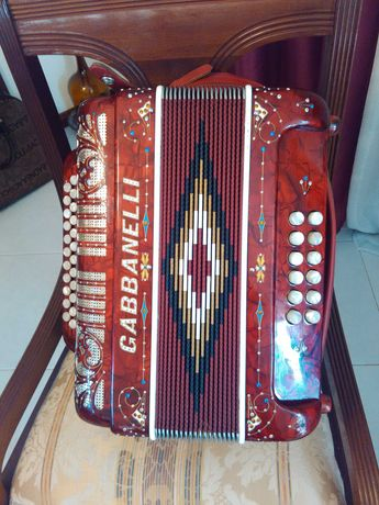 Concertina Gabbanelli Como Nova
