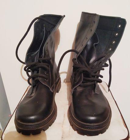 Продам Берцы-ботинки