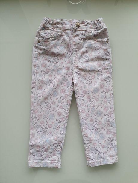 Fajne spodnie dziewczęce w kwiatki wiosenne 98 cm!