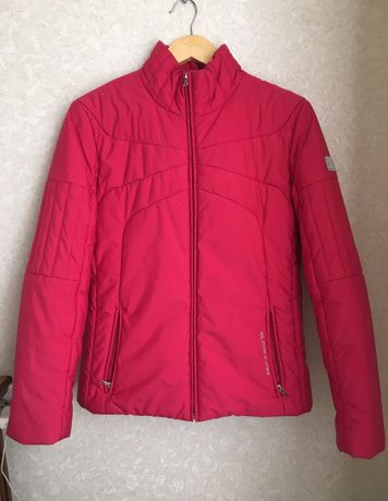 Красивая демисезонная куртка от Esprit, S-M размер