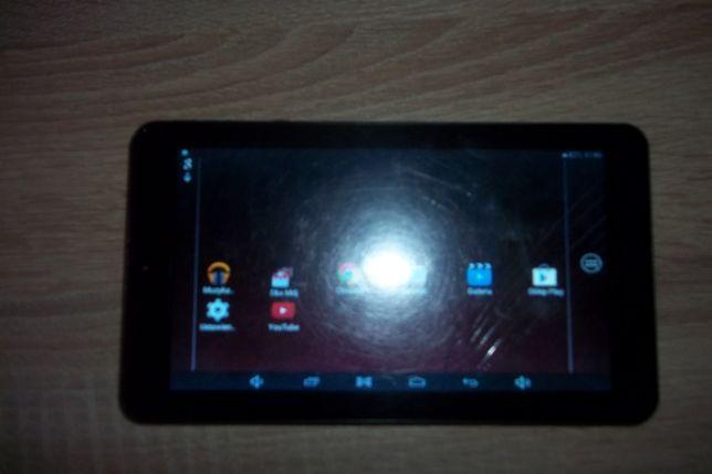 """Tablet""""Goglever""""Quantum 700 -uszkodzony wyświetlacz."""