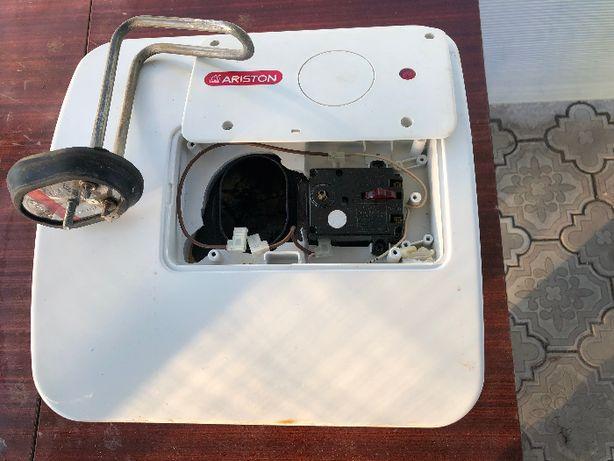 Продам бойлер (водонагреватель) Ariston на запчасти или ремонт