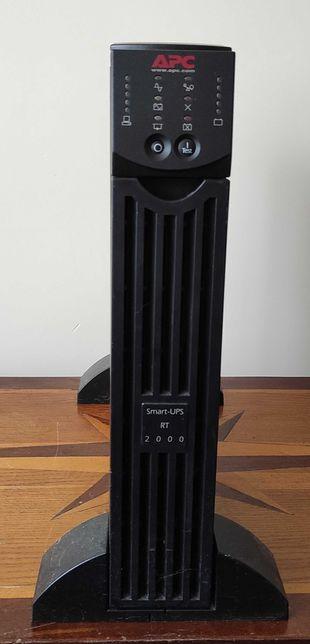 Блок бесперебойного питания APC Smart-UPS RT 2000