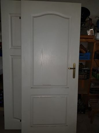 drzwi białe prawe