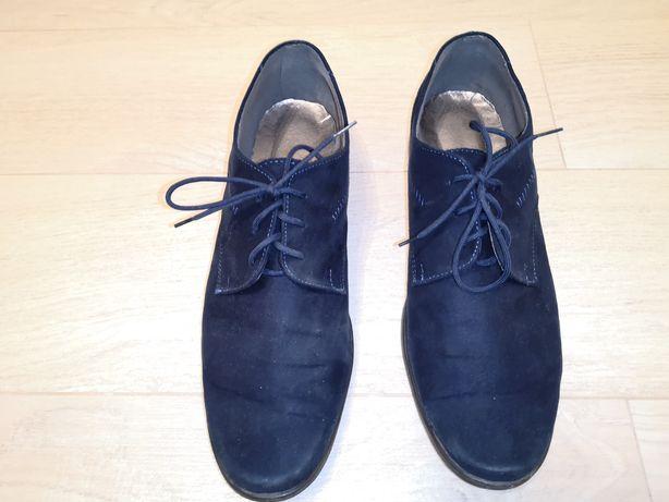 Buty chłopięce komunijne garniturowe rozmiar 37 granatowe