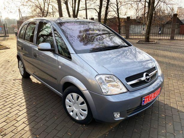 Компактный минивэн Opel Meriva 1.6 бензин