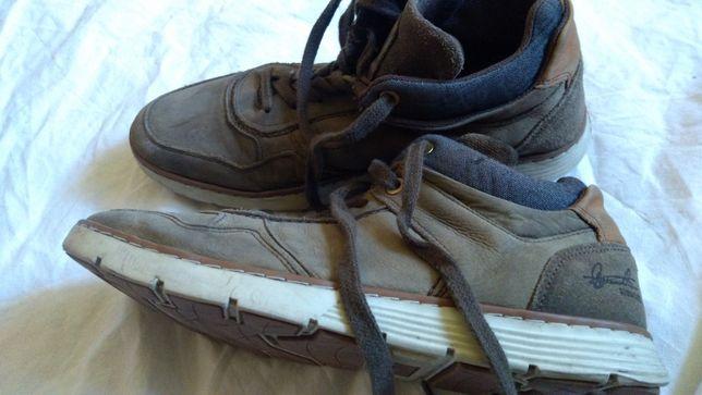 Подростковые брендовые,кожаны кроссовки ,недорого