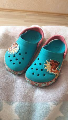 Продам детские crocs c 10 Моана