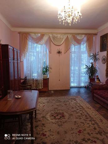 Продаж 1кім квартири по вул.Бандери