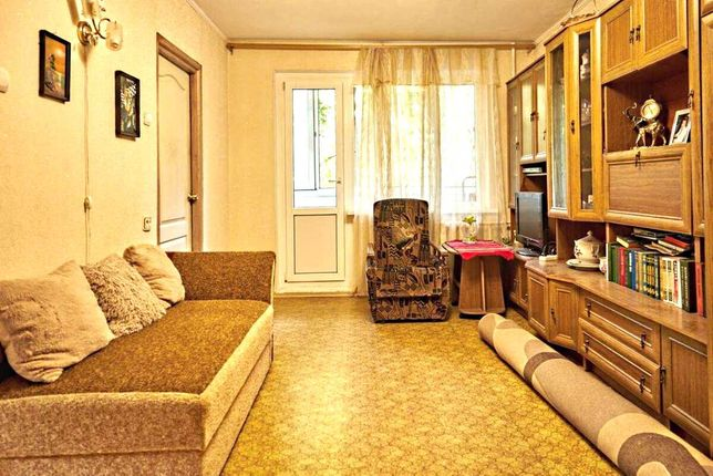 Продам 3 комнатную квартиру на Таирова