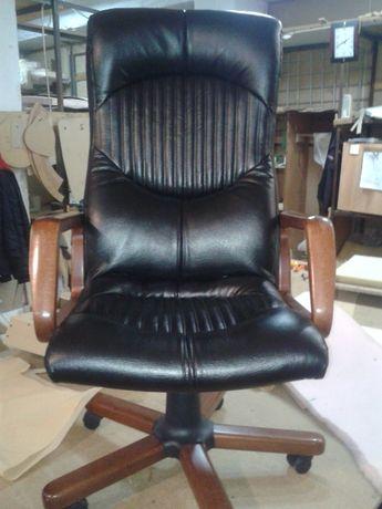 Ремонт и перетяжка офисных кресел и стульев,мягкой мебели.