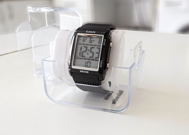 Relógio digital para o pulso desportivo rectangular diferenciado HQ