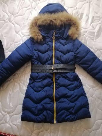 Зимняя курточка для девочки.+два пояса и шапочка.