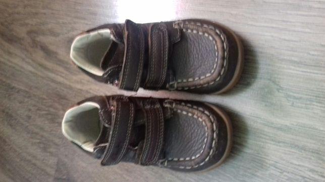 Продам кожані ботинки фірми Clarks