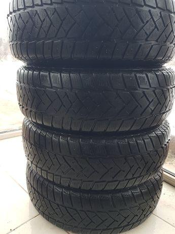 Dunlop 185 65 15