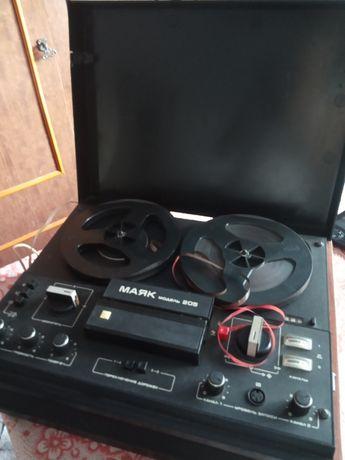 Магнитофон Маяк 205