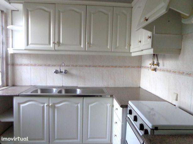 Apartamento T3 mobilado/equipado Zona Histórica APA2679/21
