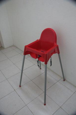 Cadeira alta para bébé IKEA